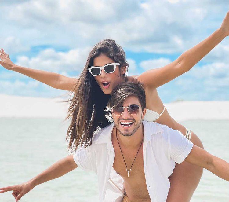 <strong>Ferrovia Eyewear lança campanha promocional para o Dia dos Namorados na qual o presente sai pela metade do preço</strong>