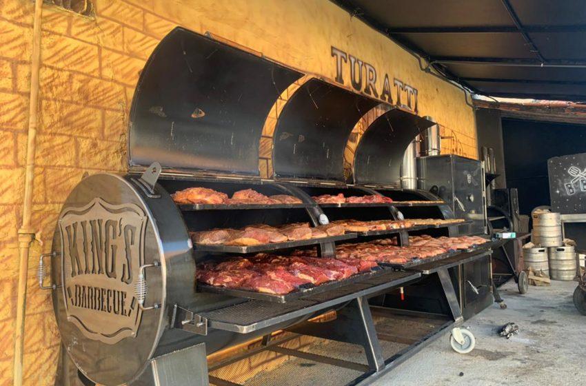 Cervejaria Turatti lança o maior pit de defumação do Ceará