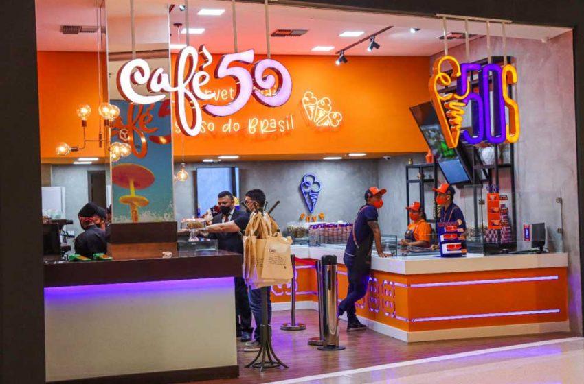 Sorveteria cearense 50 Sabores e Café 50 desembarcam no Recife